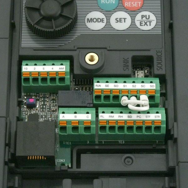mitsubishi d700 sc 1 5kw 400v 3ph ac inverter drive unfiltered e8 rh inverterdrive com mitsubishi fr-d740 manual español mitsubishi fr-d740 manual pdf