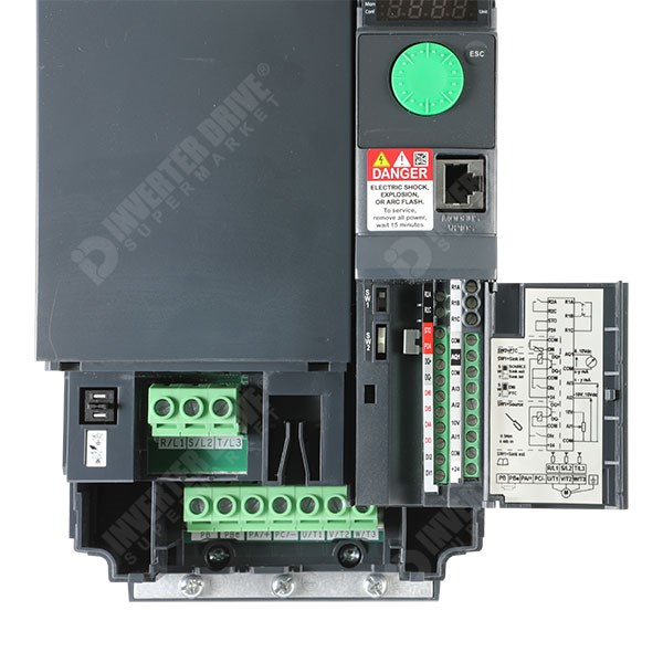 Schneider Altivar 320 5 5kW 400V 3ph Book AC Inverter ATV320U55N4B